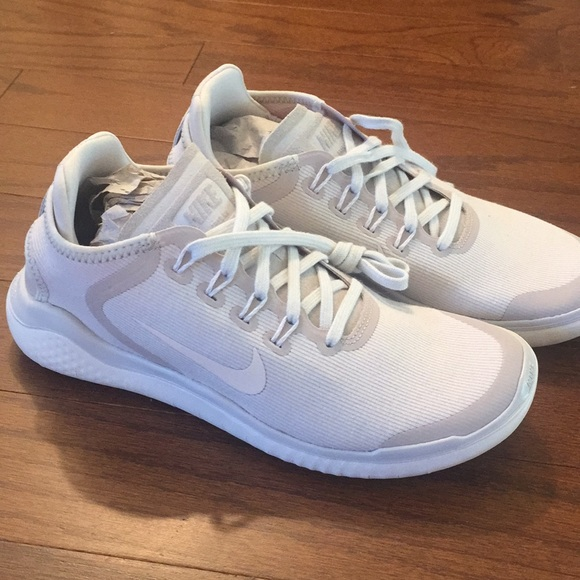 the latest ff040 d4f31 Brand new Nike Free tennis shoes size 6 NWT